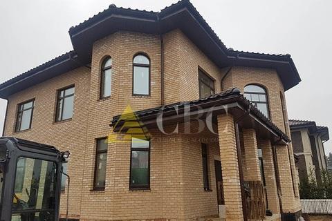 Какой кирпич выбрать для облицовки при строительстве домов в Москве – пустотелый или полнотелый