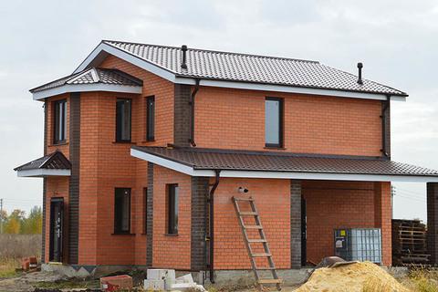 Толщина стен при строительстве частных домов из газобетона в Московской области