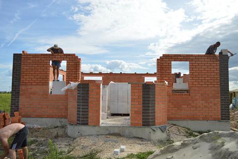 Строительство домов из пеноблоков под ключ - способы расчета цены, что влияет на стоимость