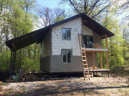 Строительство деревянных домов в Московской области: плюсы и минусы, возможность постоянного проживания