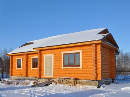 Методы строительства деревянных домов из бревна: «в чашу» или «в лапу»