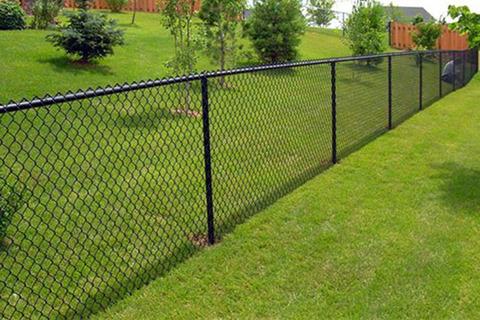 Что выбрать: забор под ключ или самостоятельное строительство ограждения?
